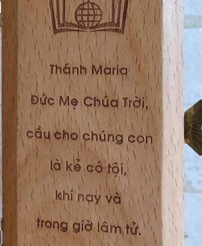 Tuong Duc Me Xe Oto Y