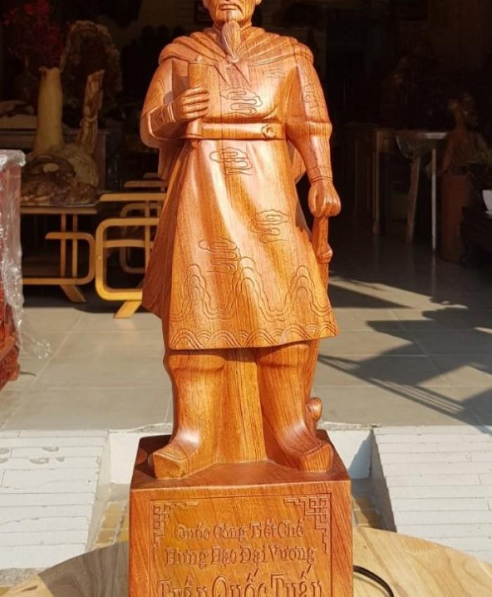 Tuong Go Tran Hung Dao O
