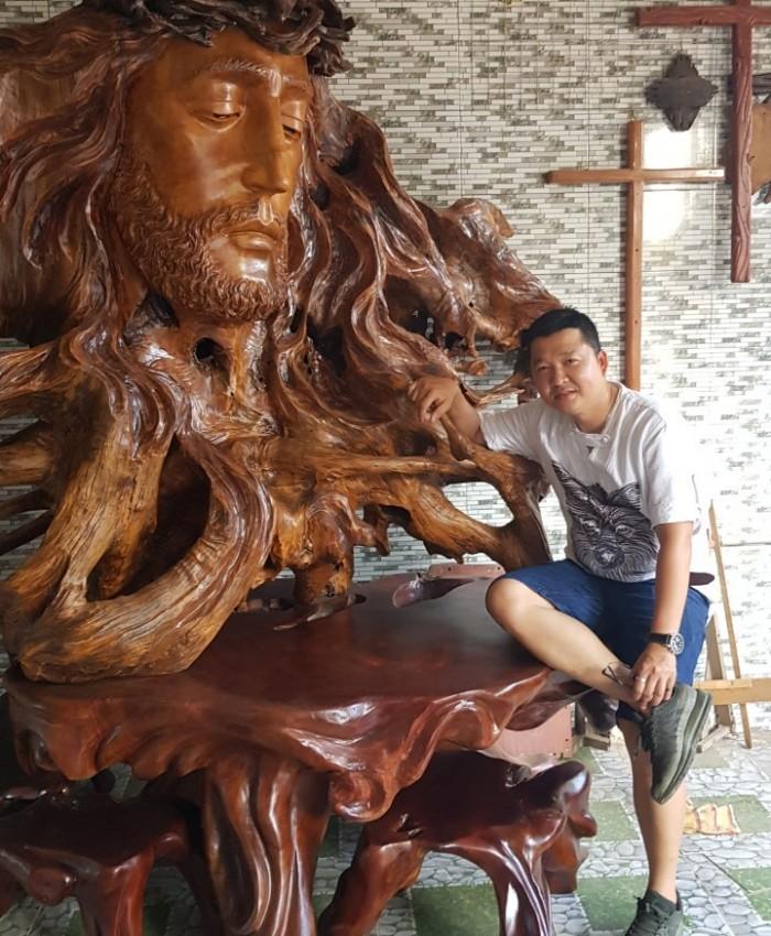 Tuong Nhan Chua Cong Giao Khung