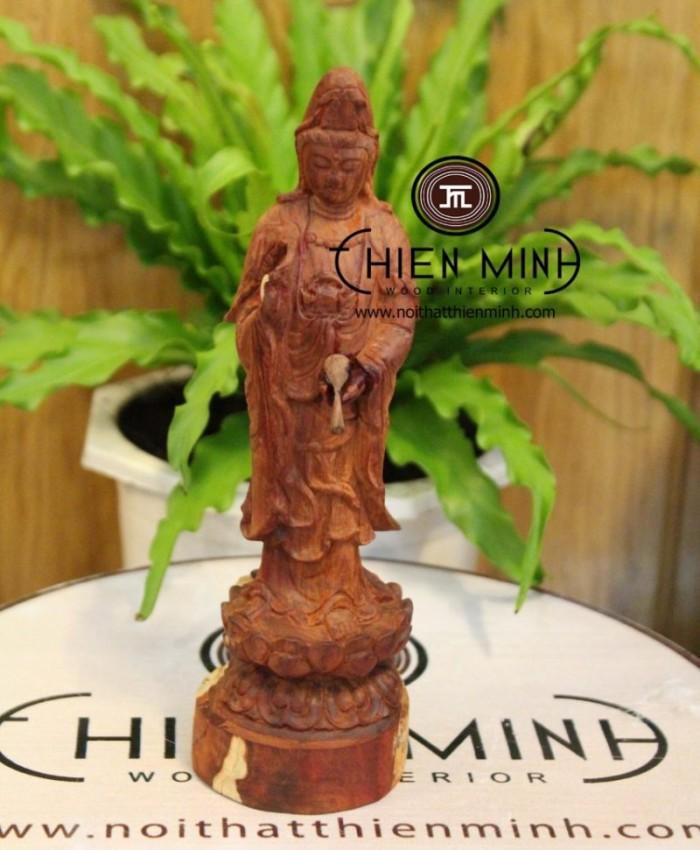 Tuong Phat Quan Am Xe Oto